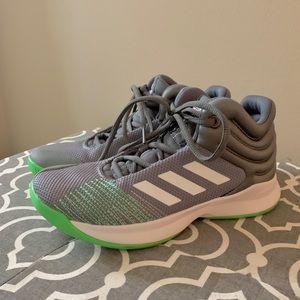 NWOT Adidas boys 3Y high top sneakers